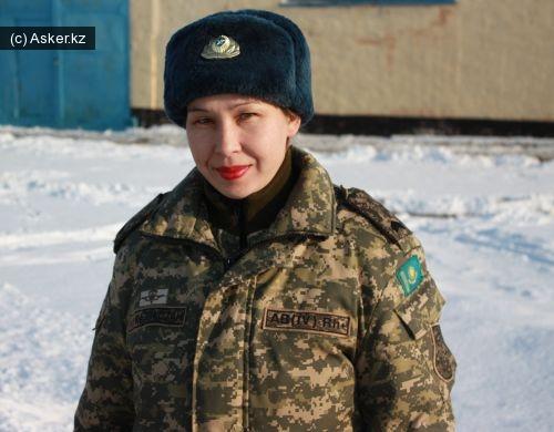 женщины в армии Казахстана