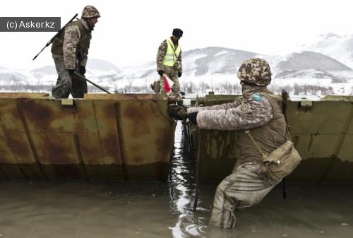 установка переправы через реку
